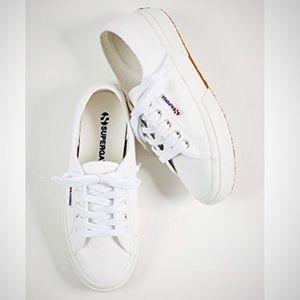Superga Sneakers
